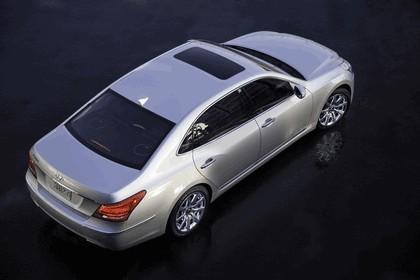 2010 Hyundai Equus 6