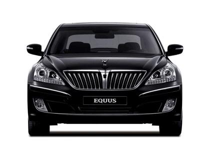 2010 Hyundai Equus 14