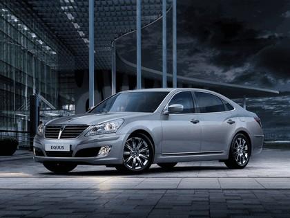 2010 Hyundai Equus 16