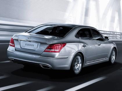 2010 Hyundai Equus 22