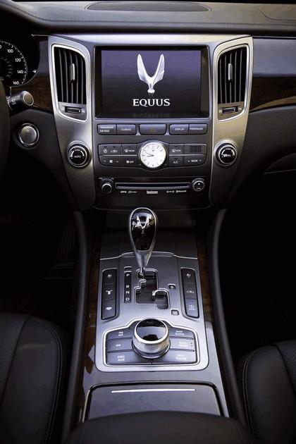 2010 Hyundai Equus 33