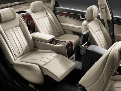 2010 Hyundai Equus 37