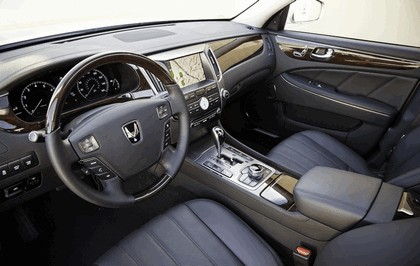 2010 Hyundai Equus 39