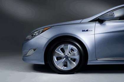 2010 Hyundai Sonata Hybrid 4