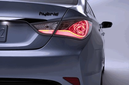 2010 Hyundai Sonata Hybrid 10