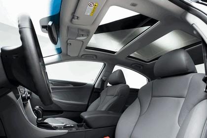 2010 Hyundai Sonata Hybrid 11