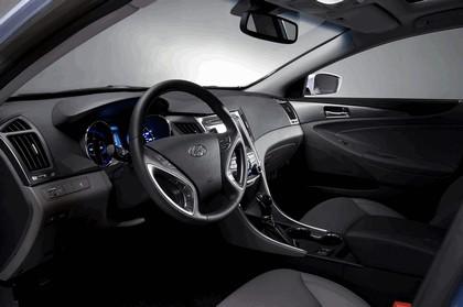 2010 Hyundai Sonata Hybrid 12