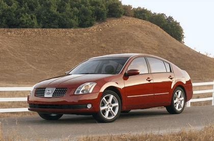 2004 Nissan Maxima 1