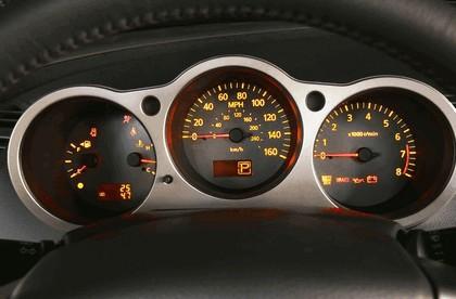 2004 Nissan Maxima 17
