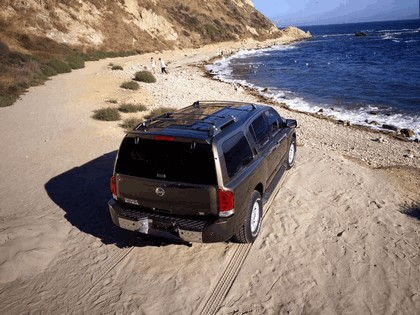 2004 Nissan Pathfinder Armada SE 3