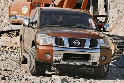 2004 Nissan Titan 5