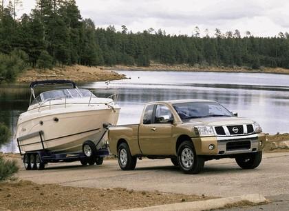 2004 Nissan Titan 19
