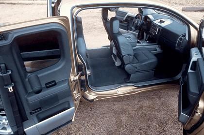 2004 Nissan Titan 29