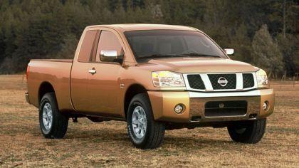 2004 Nissan Titan 7
