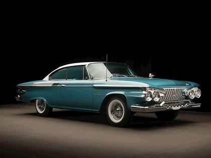 1961 Plymouth Fury 2-door hardtop 1