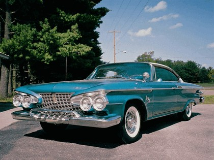 1961 Plymouth Fury 2-door hardtop 4
