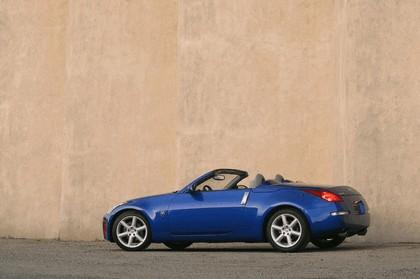2004 Nissan 350z roadster 5