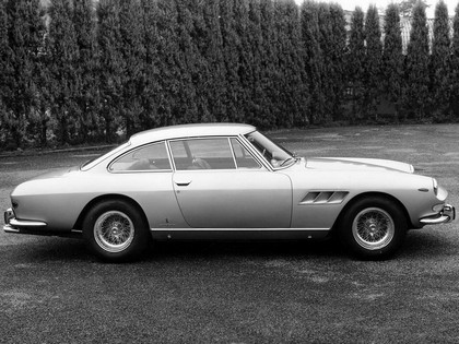 1965 Ferrari 330 GT 2+2 series II 12