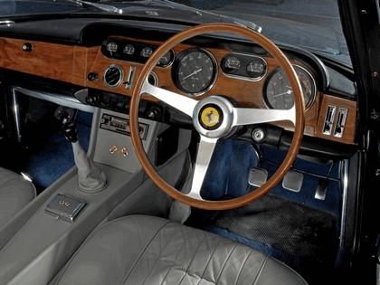 1965 Ferrari 330 GT 2+2 series II 17