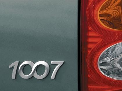 2004 Peugeot 1007 21
