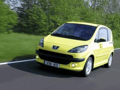 2004 Peugeot 1007 26