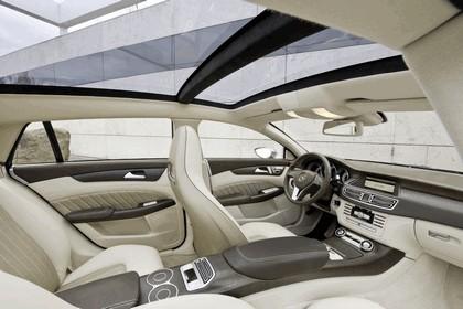 2010 Mercedes-Benz Shooting Break concept 27