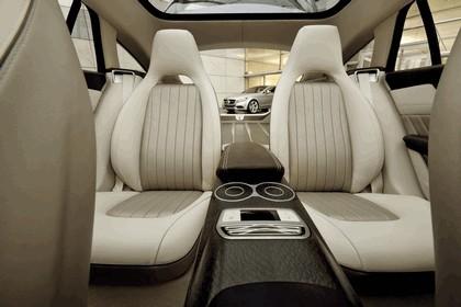 2010 Mercedes-Benz Shooting Break concept 31