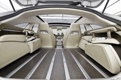 2010 Mercedes-Benz Shooting Break concept 35
