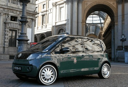 2010 Volkswagen Milano Taxi concept 10