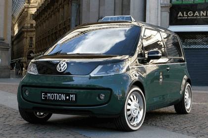 2010 Volkswagen Milano Taxi concept 11