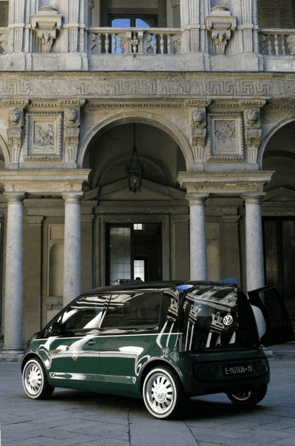 2010 Volkswagen Milano Taxi concept 26