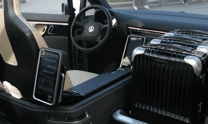 2010 Volkswagen Milano Taxi concept 33