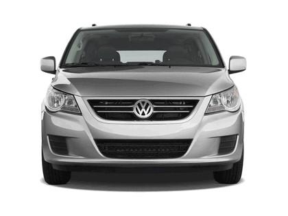 2008 Volkswagen Routan 3