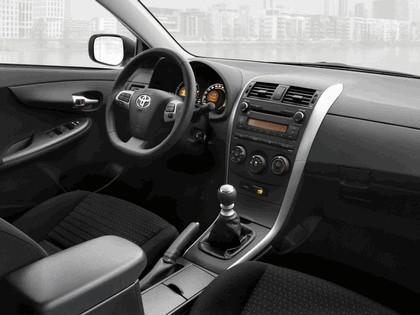 2010 Toyota Corolla sedan 14
