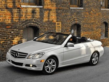 2010 Mercedes-Benz E350 cabriolet ( A207 ) - USA version 1