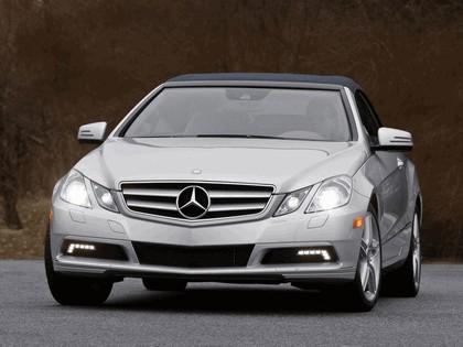 2010 Mercedes-Benz E350 cabriolet ( A207 ) - USA version 3
