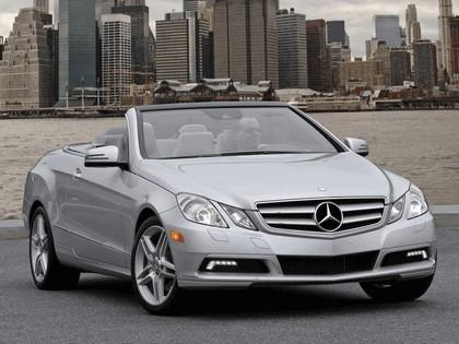 2010 Mercedes-Benz E350 cabriolet ( A207 ) - USA version 4