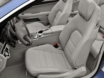 2010 Mercedes-Benz E550 ( A207 ) cabriolet 14