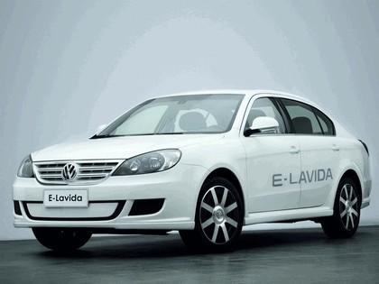 2010 Volkswagen E-Lavida concept 1