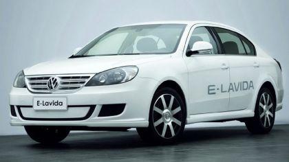2010 Volkswagen E-Lavida concept 7