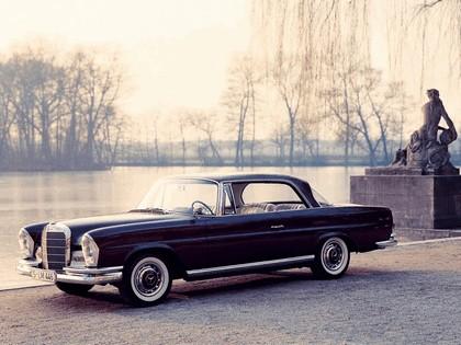 1961 Mercedes-Benz 220SE coupé ( W111 ) 3
