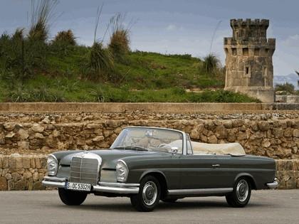 1963 Mercedes-Benz 220SE cabriolet ( W111 ) 1