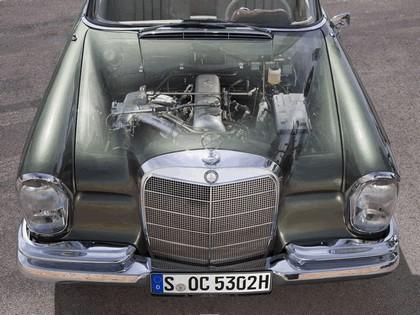 1963 Mercedes-Benz 220SE cabriolet ( W111 ) 3
