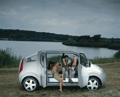 2004 Renault Trafic Deckup concept 11