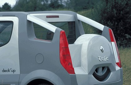 2004 Renault Trafic Deckup concept 15