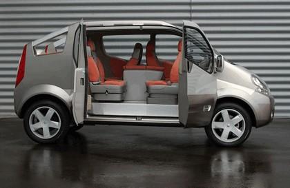 2004 Renault Trafic Deckup concept 20