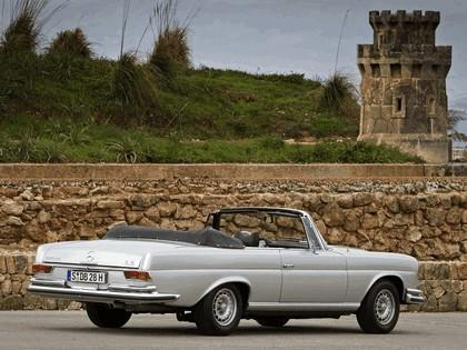 1968 Mercedes-Benz 280SE cabriolet ( W111 ) 4