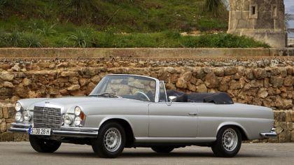 1968 Mercedes-Benz 280SE cabriolet ( W111 ) 3