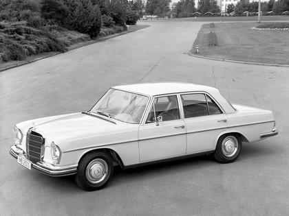 1966 Mercedes-Benz 250S ( W108 ) 2