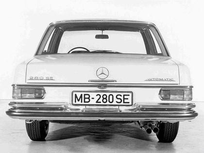 1968 Mercedes-Benz 280SE ( W108 ) 3